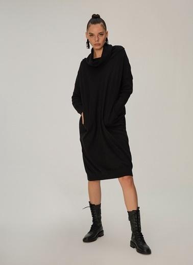 NGSTYLE Degaje Yaka Cepli Oversize Elbise Siyah